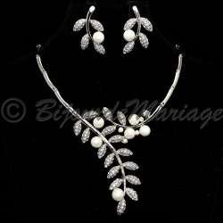 Parure bijoux QUEEN, cristal et perles, structure rhodiée