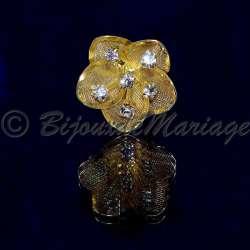 Epingle à cheveux, pic chignon, fleur filigrane, ton or