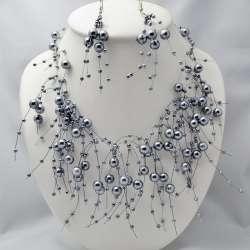 Parure mariage : Déferlante de perles. Coloris gris.