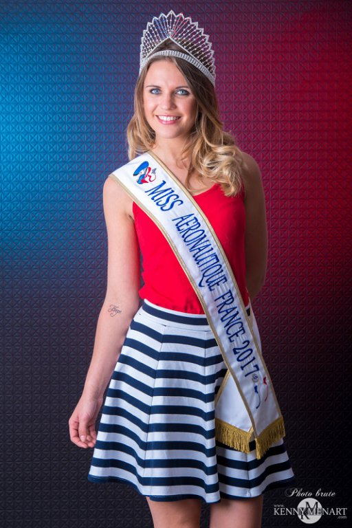<h1>Diadème Fantasia, Miss Aéronautique France 2017</h1>