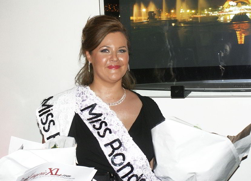 <h1>Miss Ronde 2012 Languedoc, parure Sissi </h1>